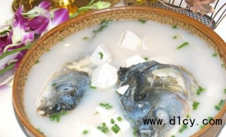鱼头炖豆腐营养可互补