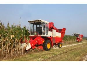 玉米收割机 (4)